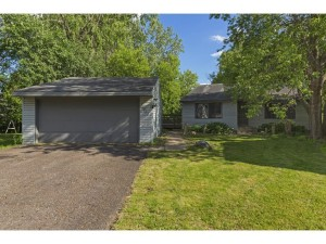 11411 Red Fox Drive Maple Grove, Mn 55369