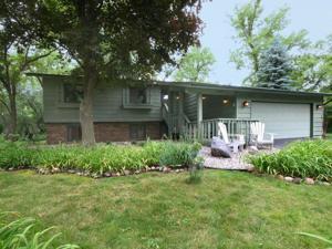 15290 Creekside Court Eden Prairie, Mn 55346