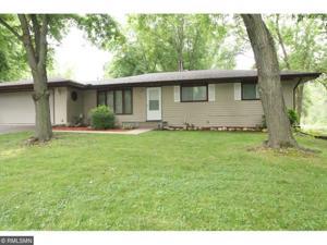 736 N Oak Drive Vadnais Heights, Mn 55127
