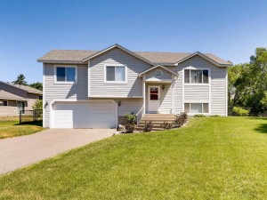1343 County Road B E Maplewood, Mn 55109