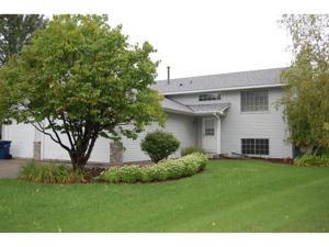 17514 Freeport Court Lakeville, Mn 55024