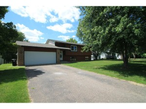 14436 Jonquil Street Nw Andover, Mn 55304