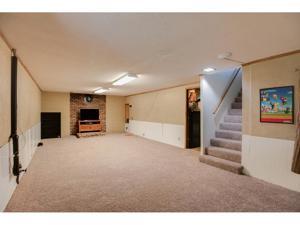 950 22nd Avenue Nw New Brighton, Mn 55112