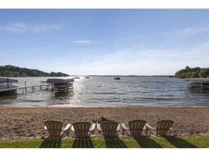 3244 Robinsons Bay Road Deephaven, Mn 55391