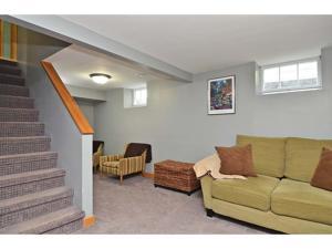 1251 Oakdale Avenue West Saint Paul, Mn 55118