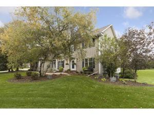 1 Blue Spruce Court North Oaks, Mn 55127