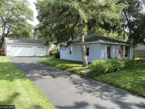 4724 Hampshire Avenue N Crystal, Mn 55428