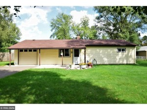 10041 Larch Street Nw Coon Rapids, Mn 55433