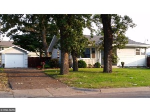 4565 Twin Oak Drive Robbinsdale, Mn 55422