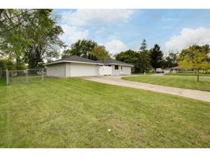 8431 Hilo Trail S Cottage Grove, Mn 55016
