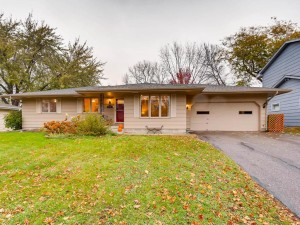 4648 Ensign Avenue N New Hope, Mn 55428