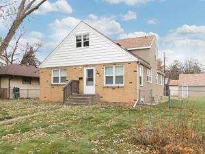 4206 Van Buren Street Ne Columbia Heights, Mn 55421