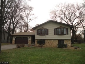 548 106th Avenue Nw Coon Rapids, Mn 55448