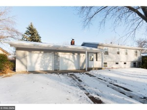 10227 Raven Street Nw Coon Rapids, Mn 55433