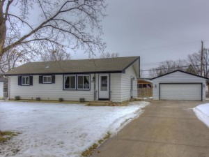 5932 Cavell Avenue N New Hope, Mn 55428