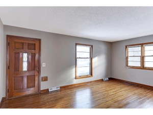 4350 7th Street Ne Columbia Heights, Mn 55421