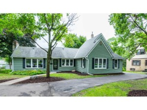 3235 Noble Avenue N Golden Valley, Mn 55422