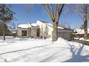 10290 Phaeton Drive Eden Prairie, Mn 55347