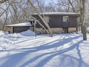 629 Thoreau Drive Burnsville, Mn 55337
