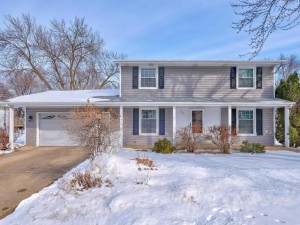 969 Whitney Drive Apple Valley, Mn 55124