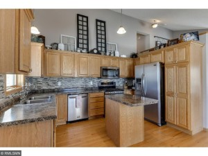 4406 Woodgate Cove Eagan, Mn 55122