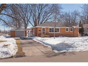5736 Drew Avenue N Brooklyn Center, Mn 55429