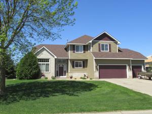 6695 Clearwater Creek Drive Lino Lakes, Mn 55038