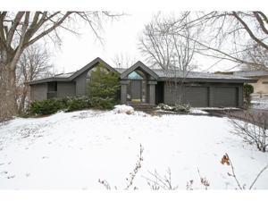 15446 Village Woods Drive Eden Prairie, Mn 55347