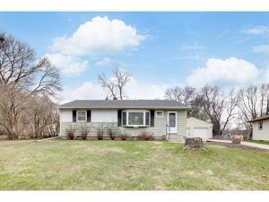 6133 Oak Knoll Drive Woodbury, Mn 55125
