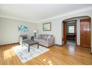 117 Bluwood Avenue Little Canada, Mn 55117