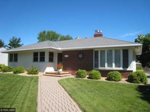 1771 Stanbridge Avenue Roseville, Mn 55113