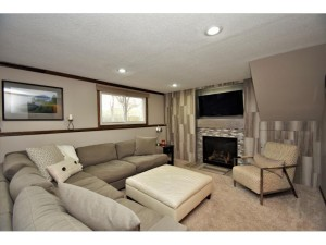 10628 Direct River Drive Nw Coon Rapids, Mn 55433
