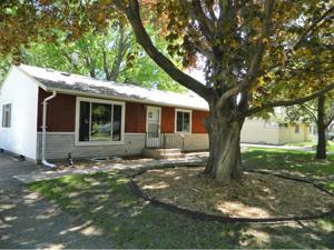 4042 Jay Lane White Bear Lake, Mn 55110