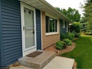 10517 Zion Street Nw Coon Rapids, Mn 55433