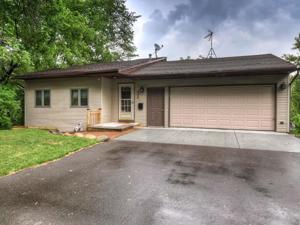 3048 Kyle Avenue N Golden Valley, Mn 55422