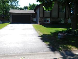 12064 Drake Street Nw Coon Rapids, Mn 55448