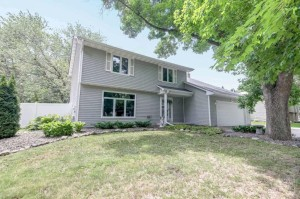 9797 101st Place N Maple Grove, Mn 55369