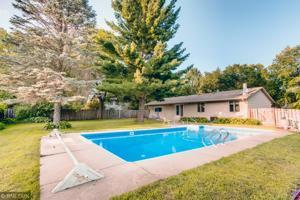 196 Cottonwood Court Stillwater, Mn 55082