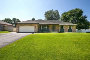 14525 Village Woods Drive Eden Prairie, Mn 55347
