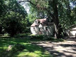 8456 Red Oak Drive Mounds View, Mn 55112