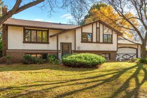 8325 Heather Avenue Eden Prairie, Mn 55347