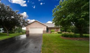 360 Highwood Drive Circle Chaska, Mn 55318