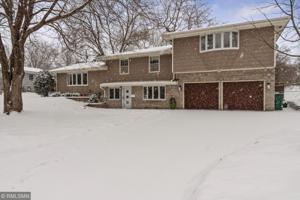 3609 Shepherd Hills Drive Bloomington, Mn 55431