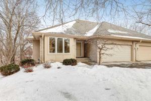6855 Stonewood Court Eden Prairie, Mn 55346