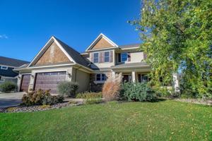 2111 Rushmore Drive River Falls, Wi 54022