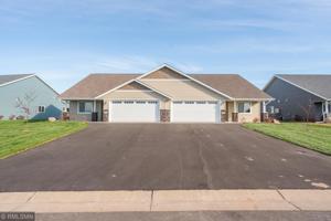 628 Kreekview Drive Osceola, Wi 54020