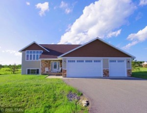 1320 Whiting Road Nw Northern Twp, Mn 56601