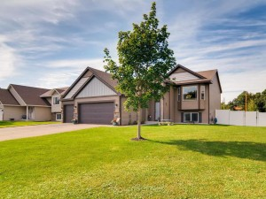 15378 Wintergreen Street Nw Andover, Mn 55304