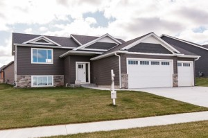 4216 Silver Ridge Place Nw Rochester, Mn 55901