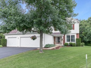 1010 Earley Lake Place Burnsville, Mn 55306